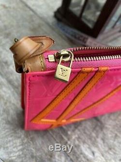 Authentic LOUIS VUITTON Pink/Orange Robert Wilson Lexington Pochette Rare Bi