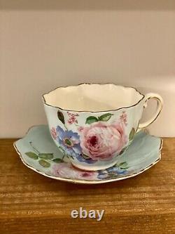 Paragon RARE Bone China Teacup & Saucer Celadon Green Cabbage Rose Gold D WARRAN