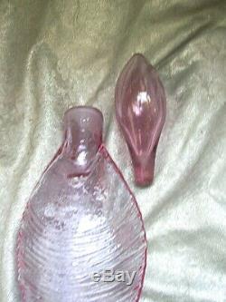 RARE CIRCA 1963 ROSE COLOR BLENKO ART GLASS FISH DECANTER'by WAYNE HUSTED