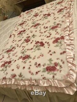 Rachel Ashwell Simply Shabby Chic Satin Trim Two Ply Rose Blanket Queen Rare